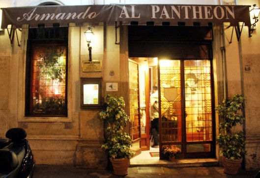 A love letter to Armando al Pantheon