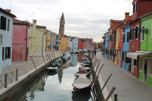 Burano's beautiful pastel colors.