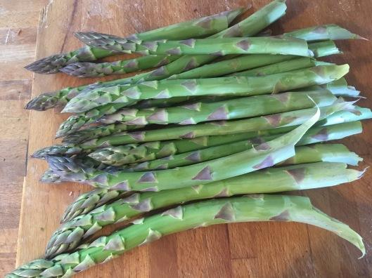 Raw Asparagus.JPG